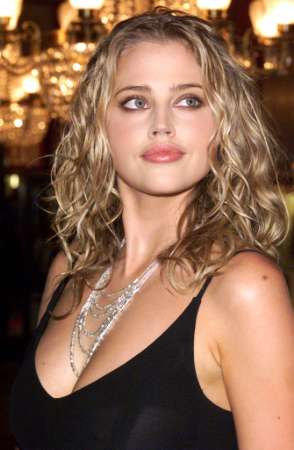 Estella Warren, a Name With A Face that Means Grace And Fame.
