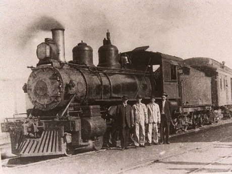 A Locomotive In The 1920's in Alabama Made The Weather and Changed The Country Because Of Its Speed And The Quality Of The Train With Passengers Who Were Business Men And Patriots.