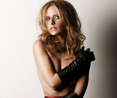 Sarah Michelle Gellar, the Beauty of Buffy Is Back For a New Round Of Tenderness Mixed With Charisma.