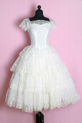 Fred Vidal is Scheduling A Wedding With Lindsay Lohan To Realize His Dream: Be Happy On Earth! (1950′S Lace Tiers Princess Dress from Posh Girl Vintage).