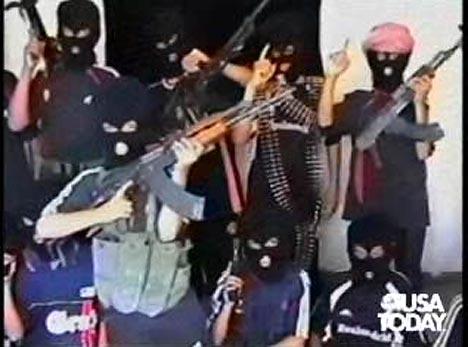 al qaeda flag. Yemen raids Al Qaeda hideout