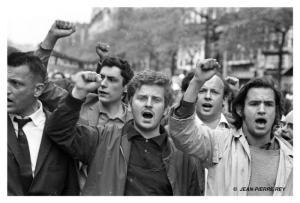 17_13-mai-1968-manifestation-Vigier-Cohn-Bendit_J-P_-Rey1
