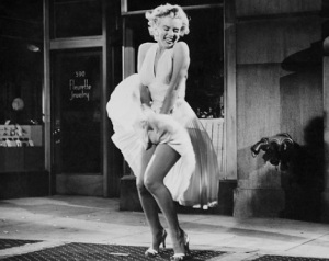 Marilyn Monroe, my sister frm Bus Station in the great movie titled in French SEPT ANS DE REFLEXION show the way for a new generation: the 1960's, not The Beatles ones.
