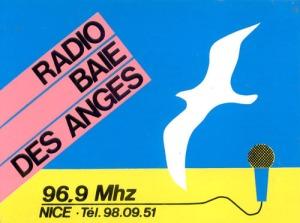 Radio Baie des Anges, j'y ai animé l'émission Clair de Lune.