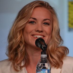 She is the next anti-Grace Kelly. Yvonne Strahovski @ 2012 San Diego Comic-Con International. Author: flickr user Genevieve719.
