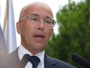 Éric Ciotti faisant un discours à Nice, en 2011.