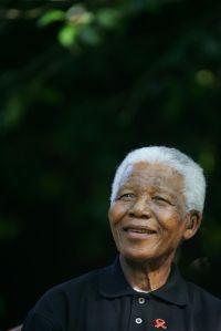 Nelson Mandela en 2005. (REUTERS).