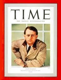 Malraux aurait pu écrire mieux que Mike Fuller sur l'homme américain marchant sur la lune pour ne pas marcher sur la tête sur Terre. FK