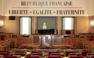 La salle du Conseil Municipal dont Frédéric Vidal ne sera jamais le Maire ? Pas forcément, il n'a pas dit son dernier mot grâce au Code électoral et au Code des communes.