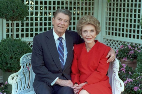 ronald-nancy-reagan-photo-1