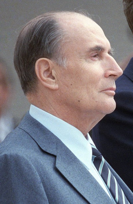 Reagan_Mitterrand_1984_(cropped_2)