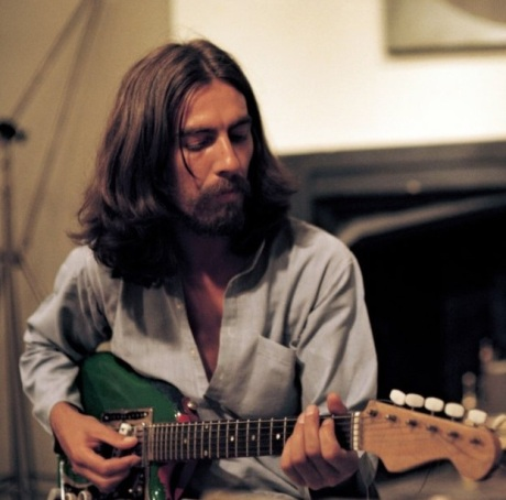 george-harrison-with-green-guitar-living-in-the-material-world